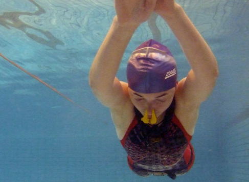 How to Avoid Getting Water In Your Nose While Swimming?