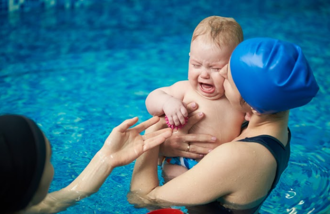 3 Reasons Why Children May Cry During Swim Lessons
