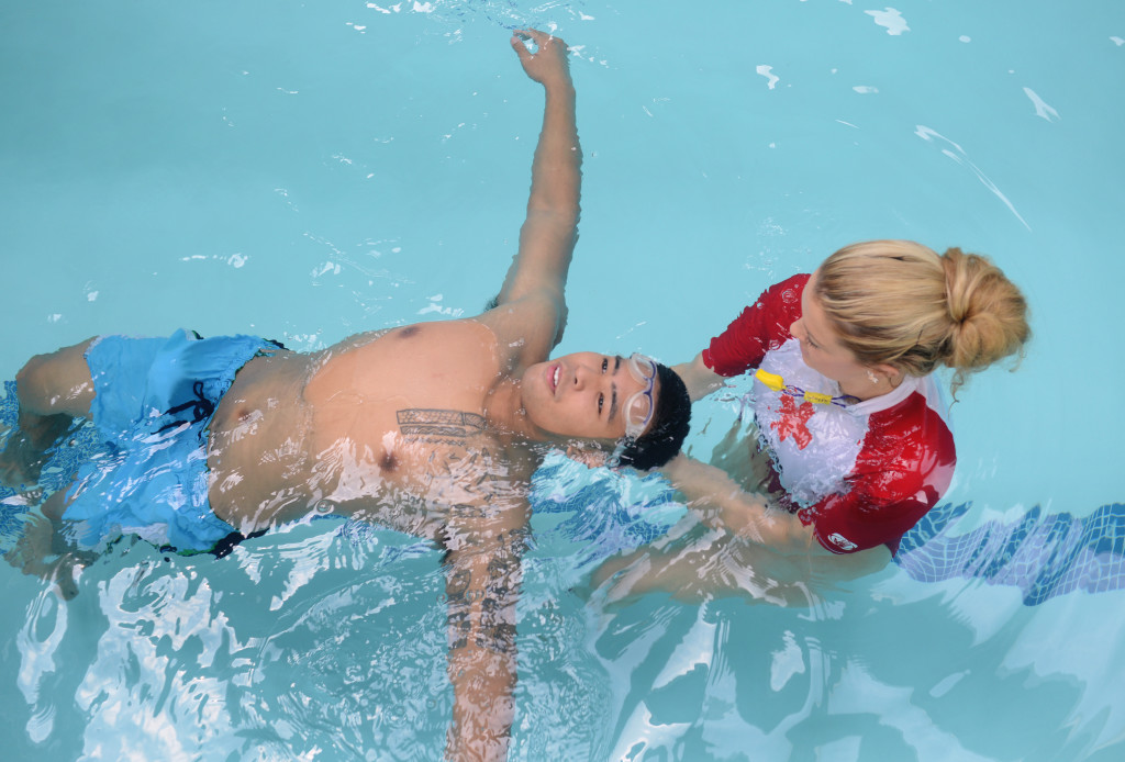 6 Tips to Learning to Swim as an Adult