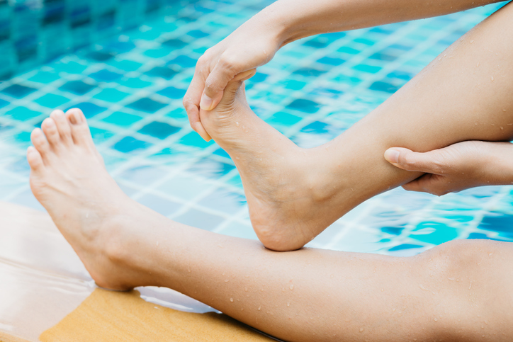How to Avoid Swimming Cramps