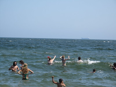 Water Safety Tips for a Lake or Ocean