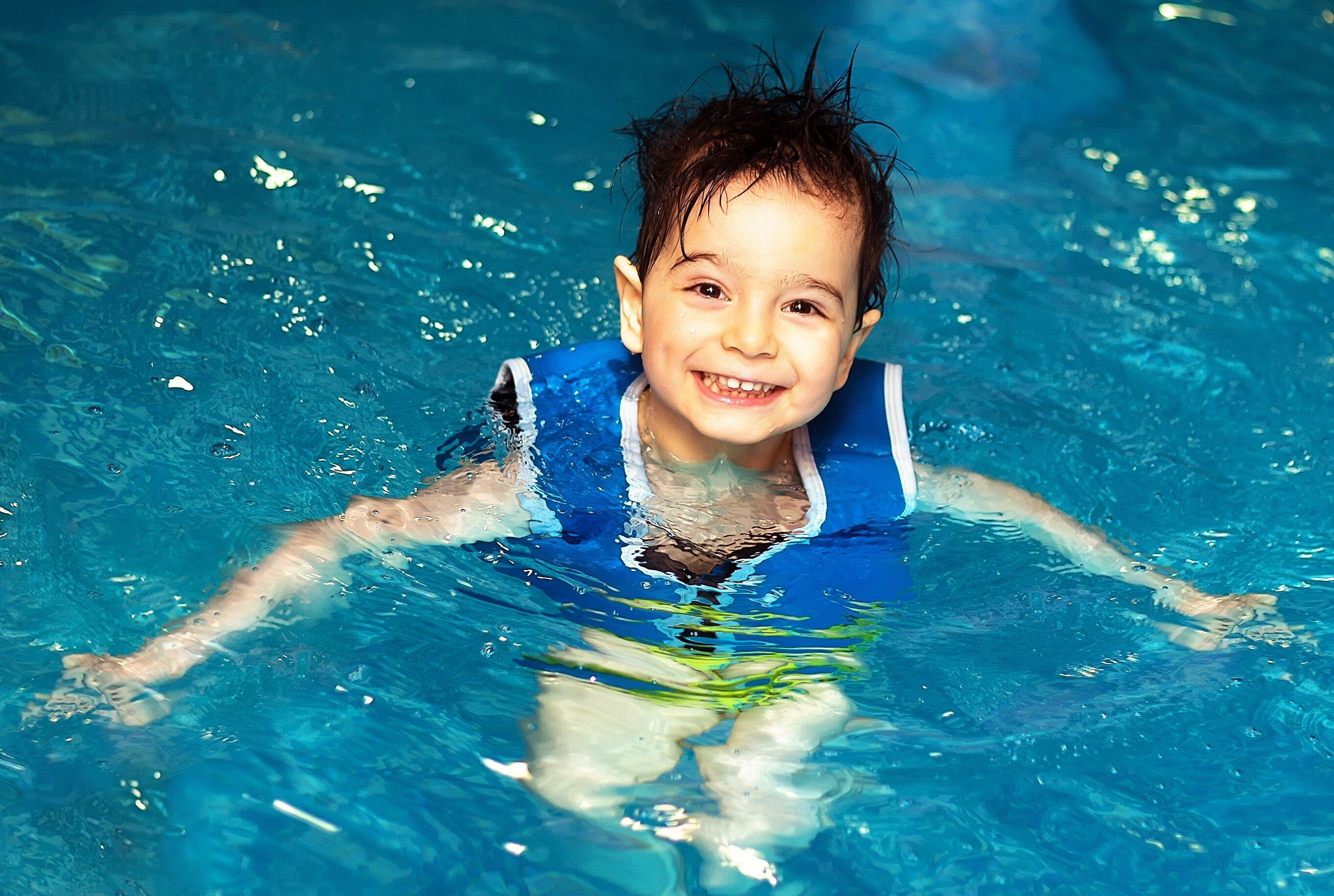 What You Need to Know About the Dangers of a Toddler Swim Vest