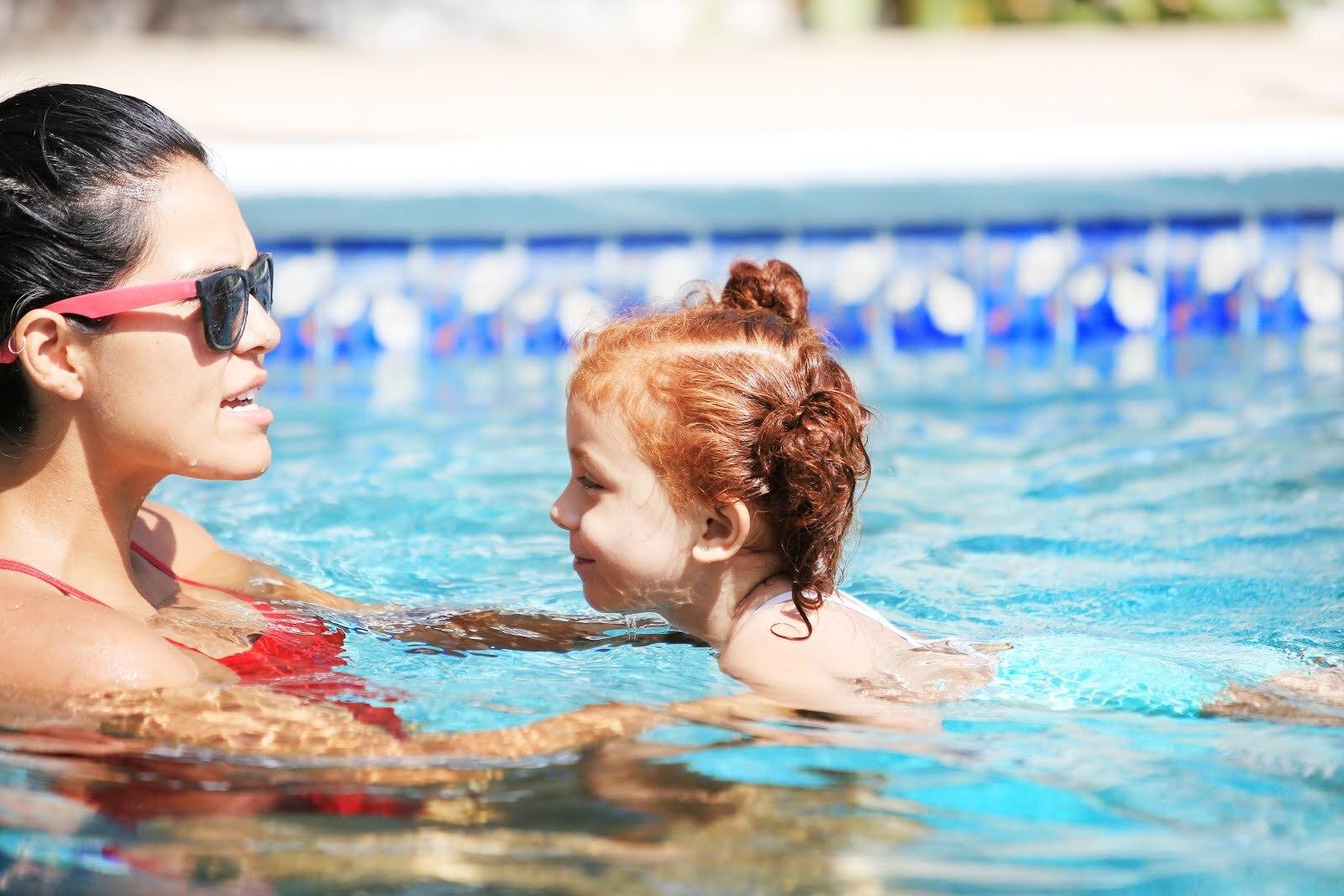 toddler-swim-lesson