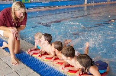 Swimming Lesson for 3 Year Olds - Safety Skills & Goals