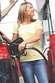 woman pumping fuel