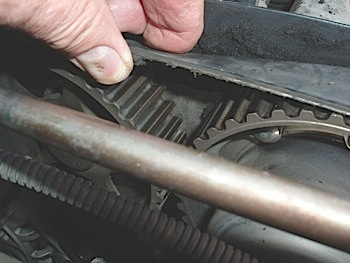 Variable Valve Timing Diagnostic Tips | KnowYourParts