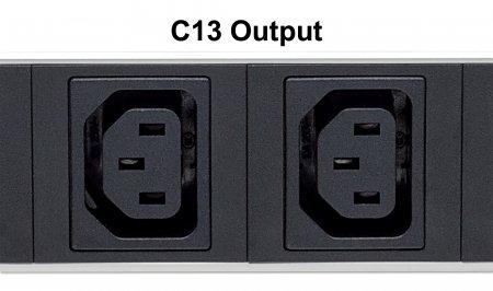 24-fach Steckdosenleiste mit C13-Kaltgerätesteckdosen, vertikale Rackmontage INTELLINET PDU mit abnehmbarem Stromkabel (2 m), Netzschalter und rückseitigem C14-Stromeingang