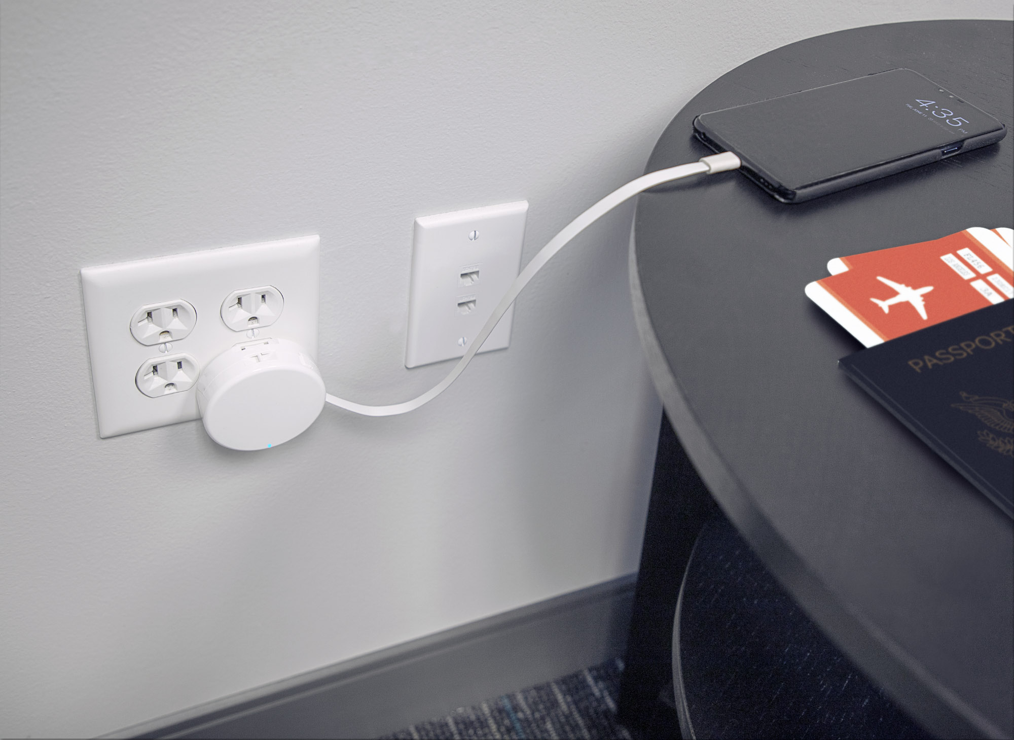 Retracting USB-C Cable Wall Charger