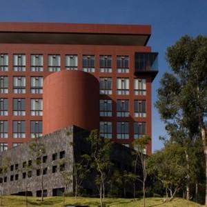 Edificio para la biblioteca y escuela de graduados en administracion y direccion de empresas egade del instituto tecnologico y de estudios superiores de monterrey campus santa fe