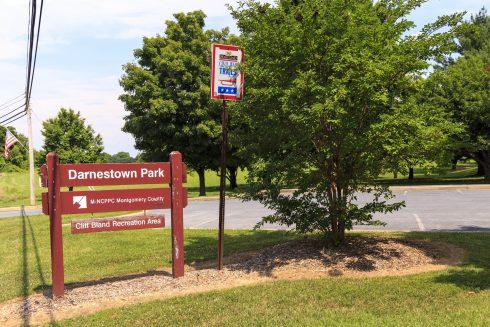 Darnestown Local Park Sign
