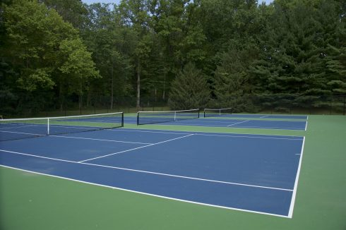 Tennis court at Avenel Local Park
