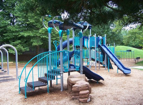 Playground, Outdoor play equipment, Playground slide, Public space, Human settlement, Chute, Play, City, Recreation