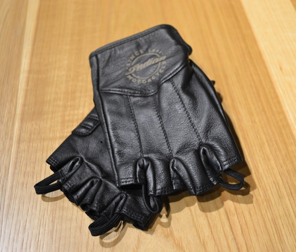 Ladies Fingerless Glove