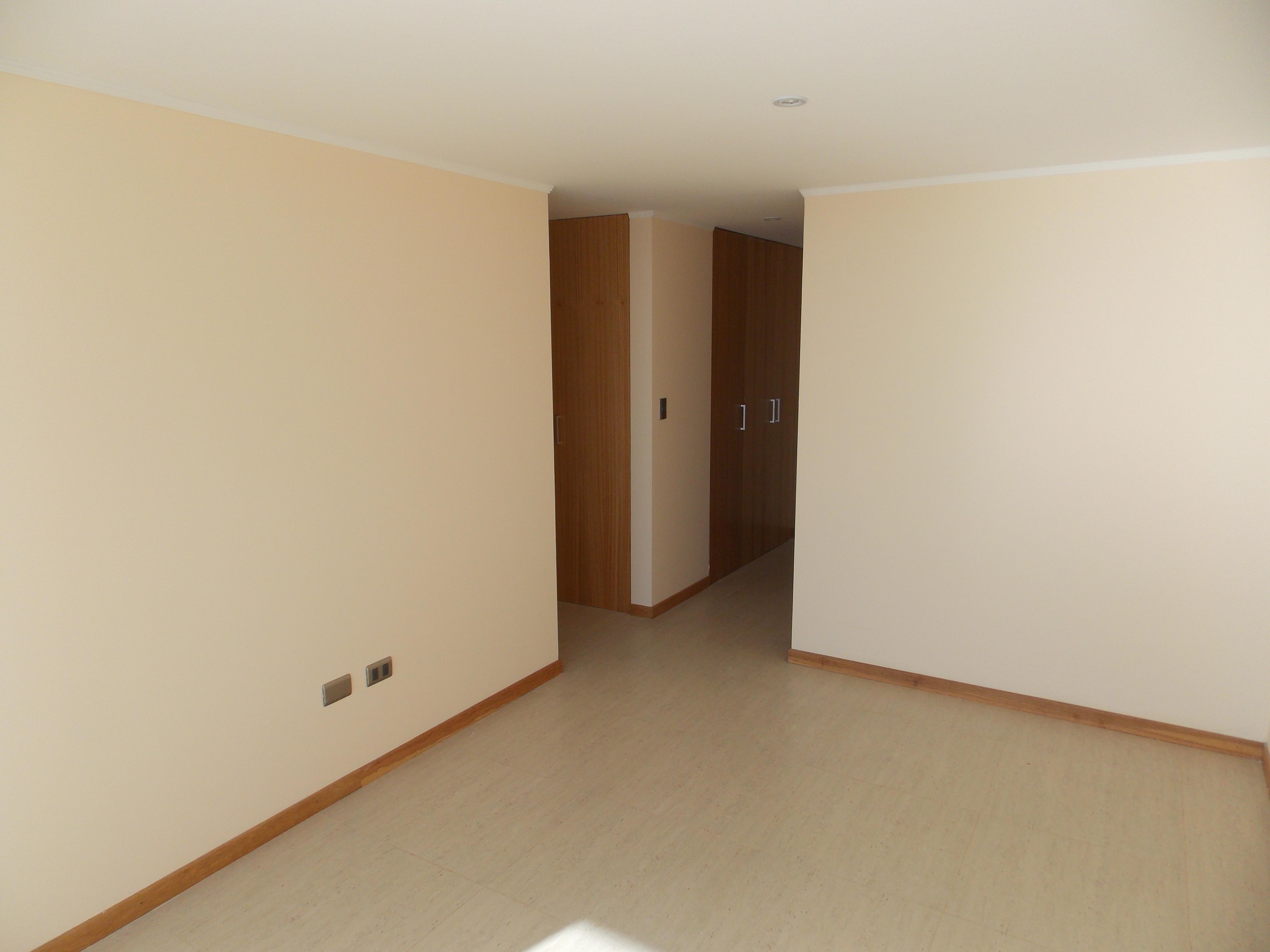 Dormitorio_suite_5__piso__1.jpg