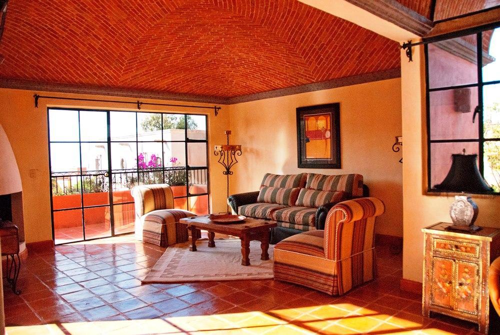 Staging example in San Miguel de Allende