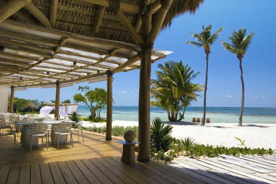 playa-blanca-restaurant.jpg