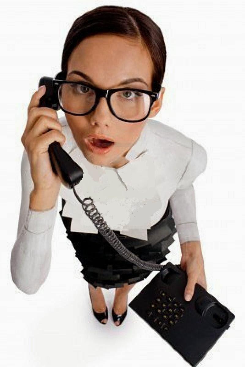 mujer_loca_hablando_por_telefono.jpg