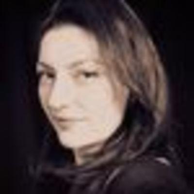 Estela Sarraf