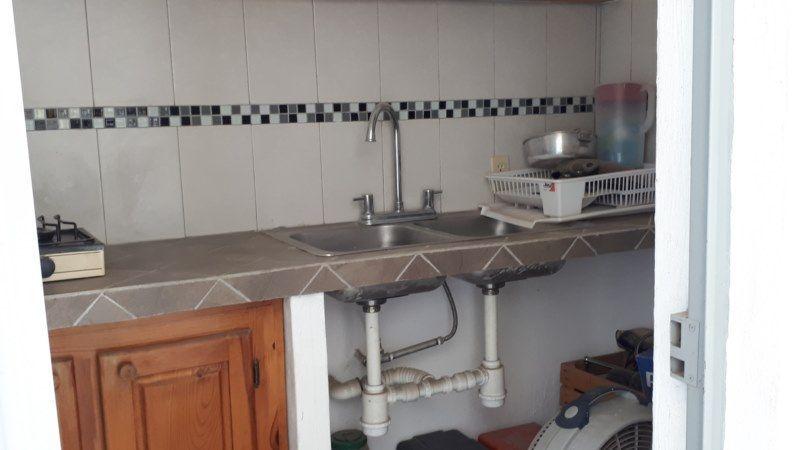 14 de 22: cocineta para servicio terraza