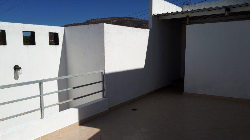 17 de 22: terraza en planta alta