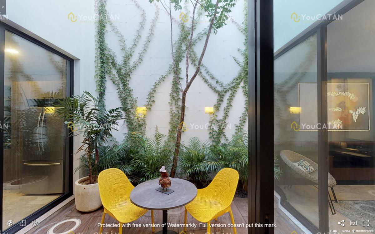 11 de 43: Terraza Interior