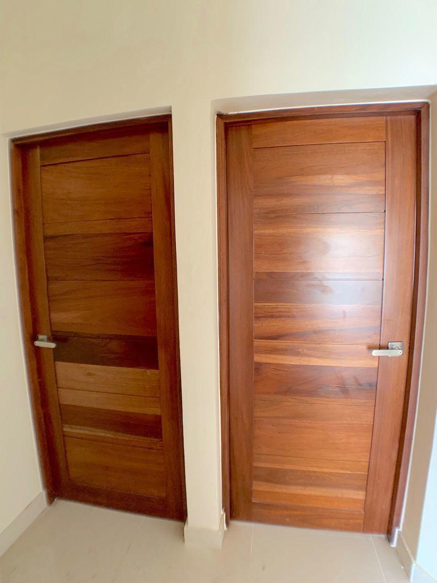 11 de 12: Acabados madera