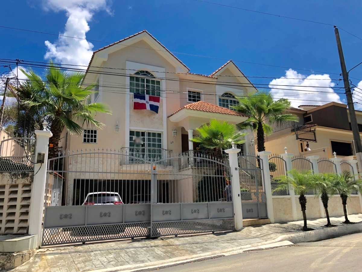 2 de 22: Venta Casa 5 habitaciones  Los Rios