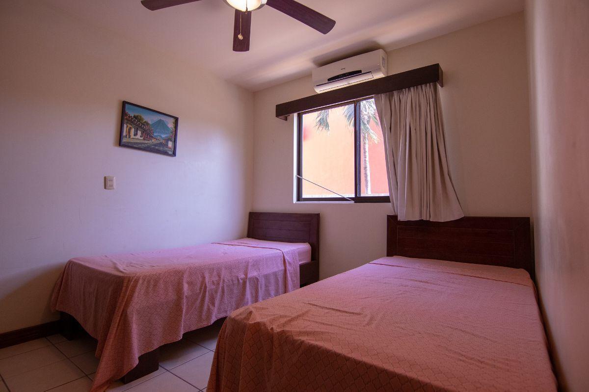 6 of 10: 2nd bedroom