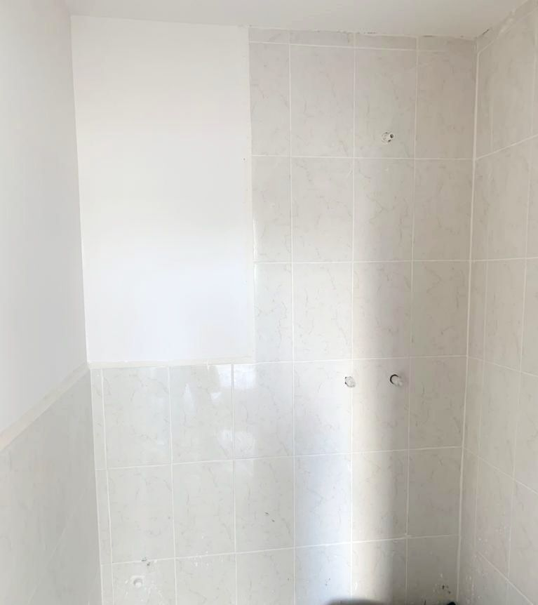 8 de 14: Baño completo compartido