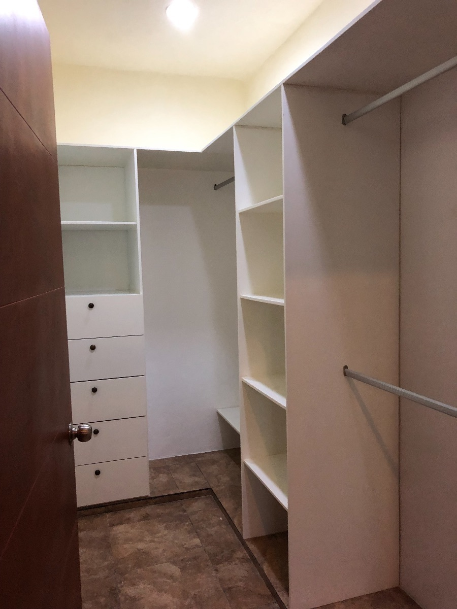 13 de 13: closets