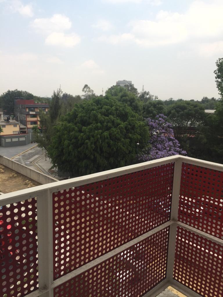12 de 24: Balcón