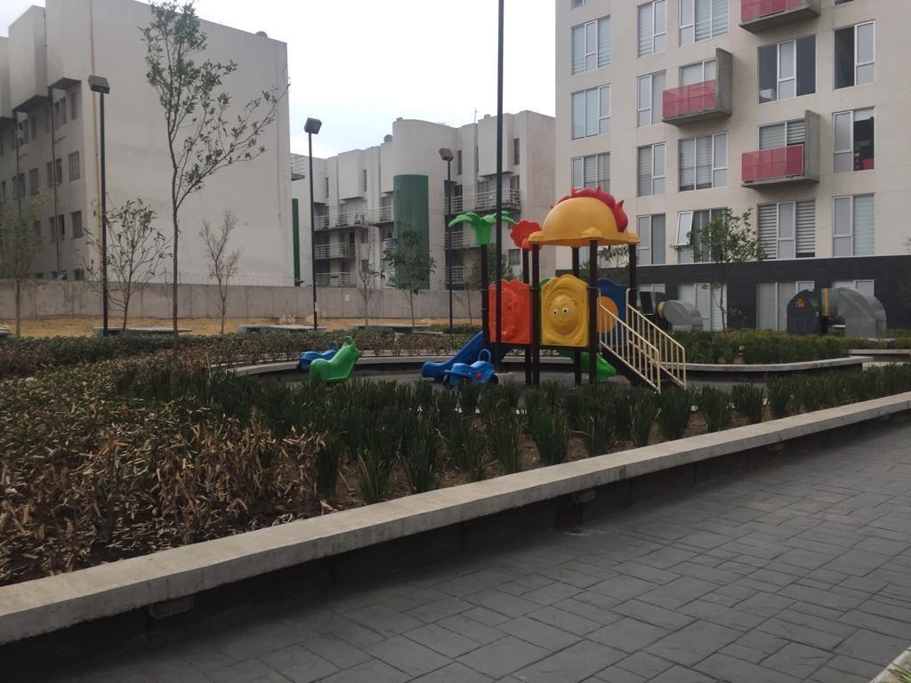 24 de 24: Area de juegos infantiles