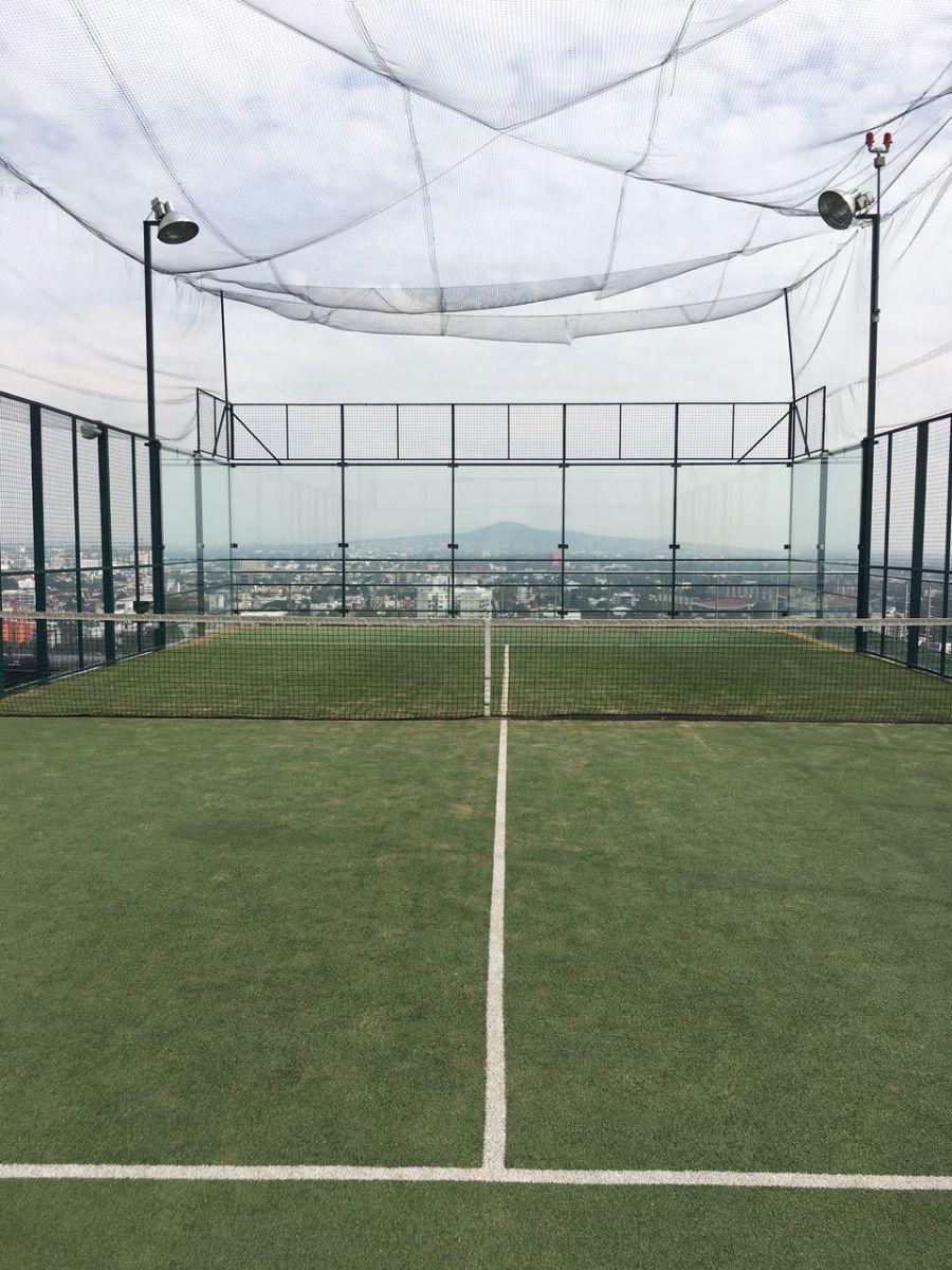 19 de 23: Cancha de tenis