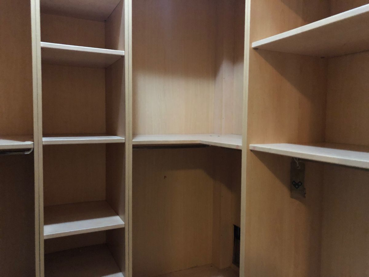 15 de 24: Terminación de los Walking closet