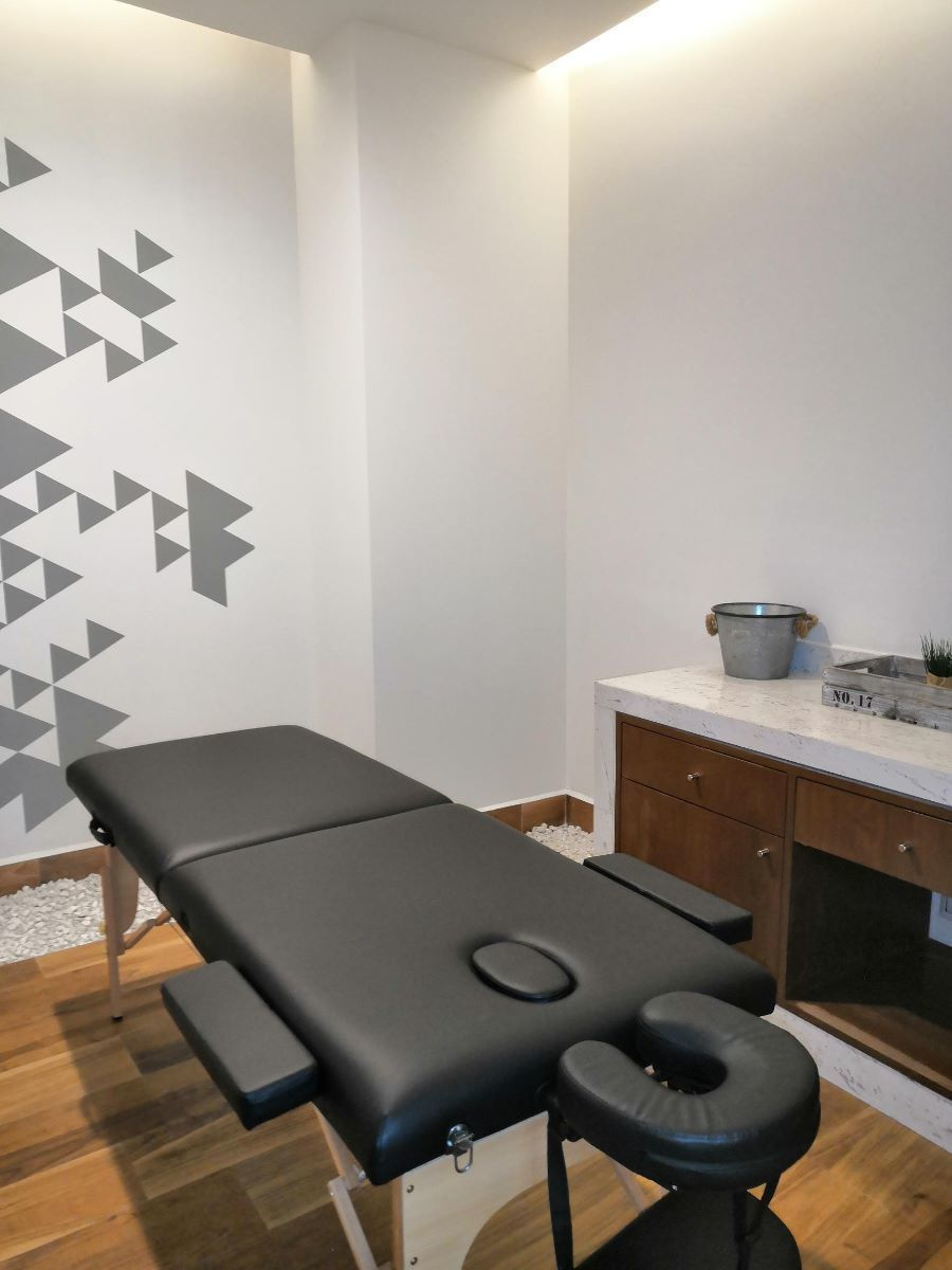 6 de 16: Area de masajes