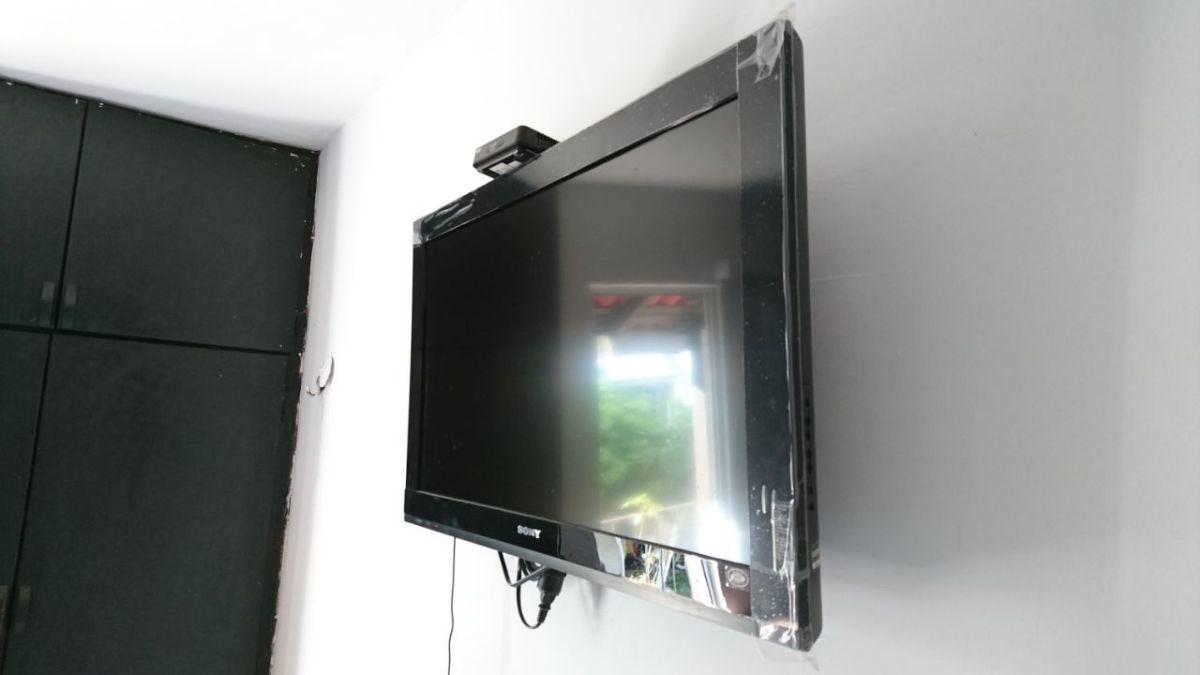 3 de 6: TELEVISION CON SISTEMA DE CANALES INCLUIDOS