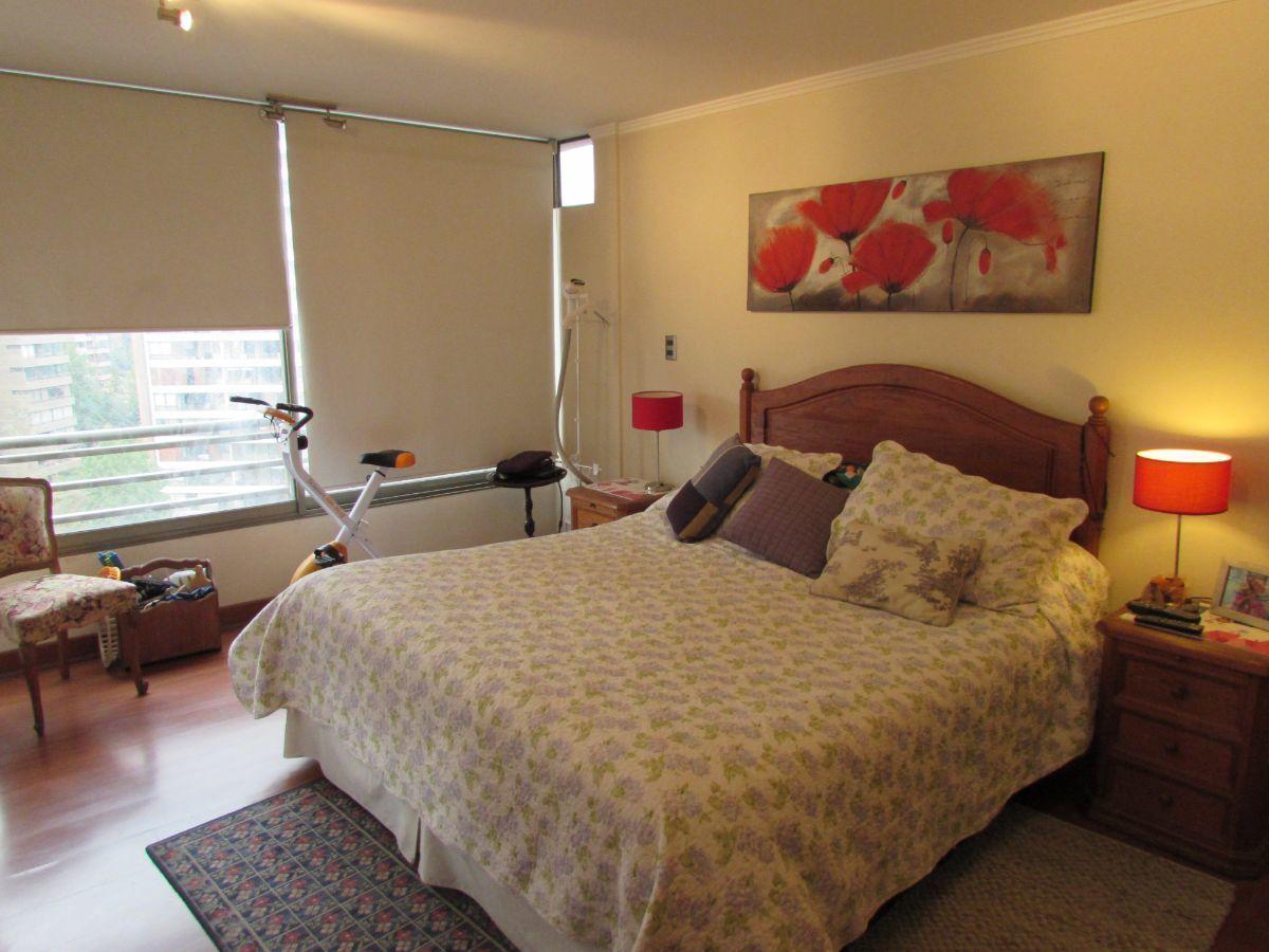 11 de 13: Dormitorio principal