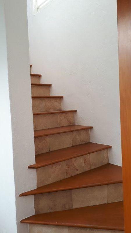 7 de 17: acceso escaleras