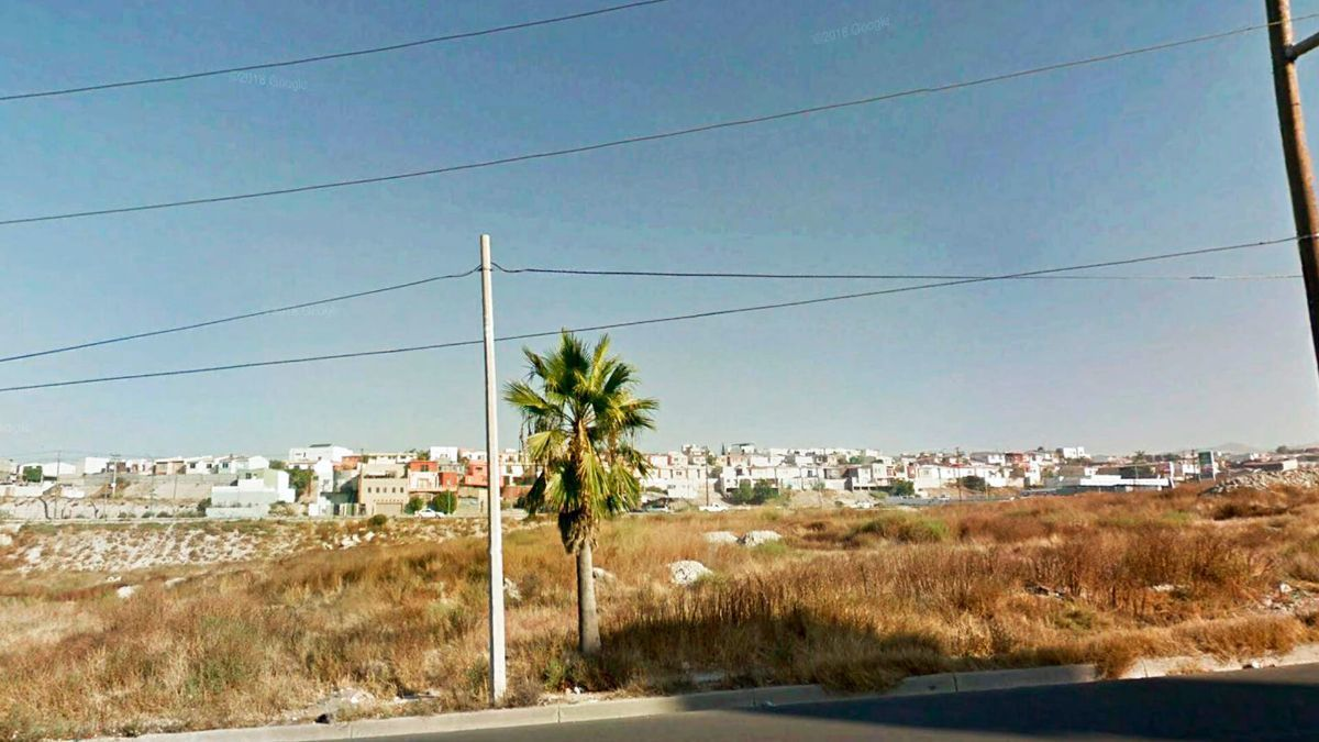 1 de 6: Terrenos en Venta en Baja Maq El Aguila PMR-470
