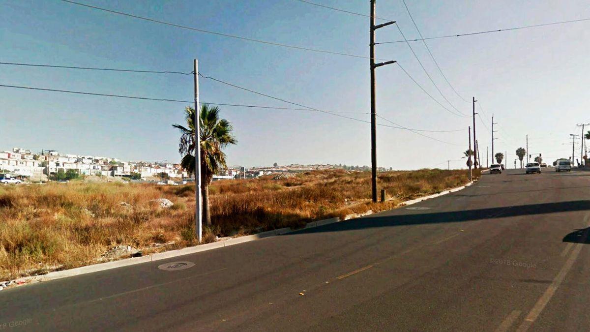 2 de 6: Terrenos en Venta en Baja Maq El Aguila PMR-470
