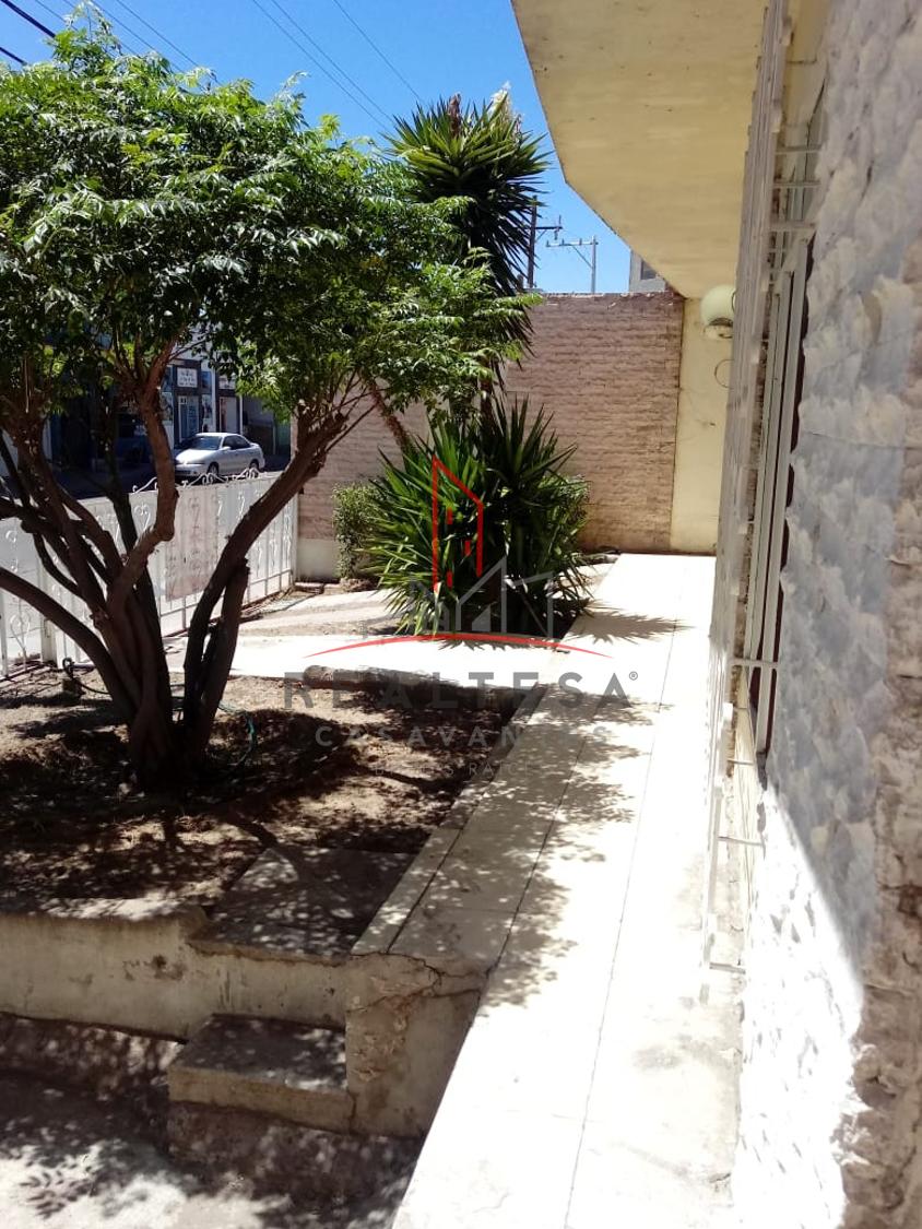 4 de 17: Área de frente de jardín