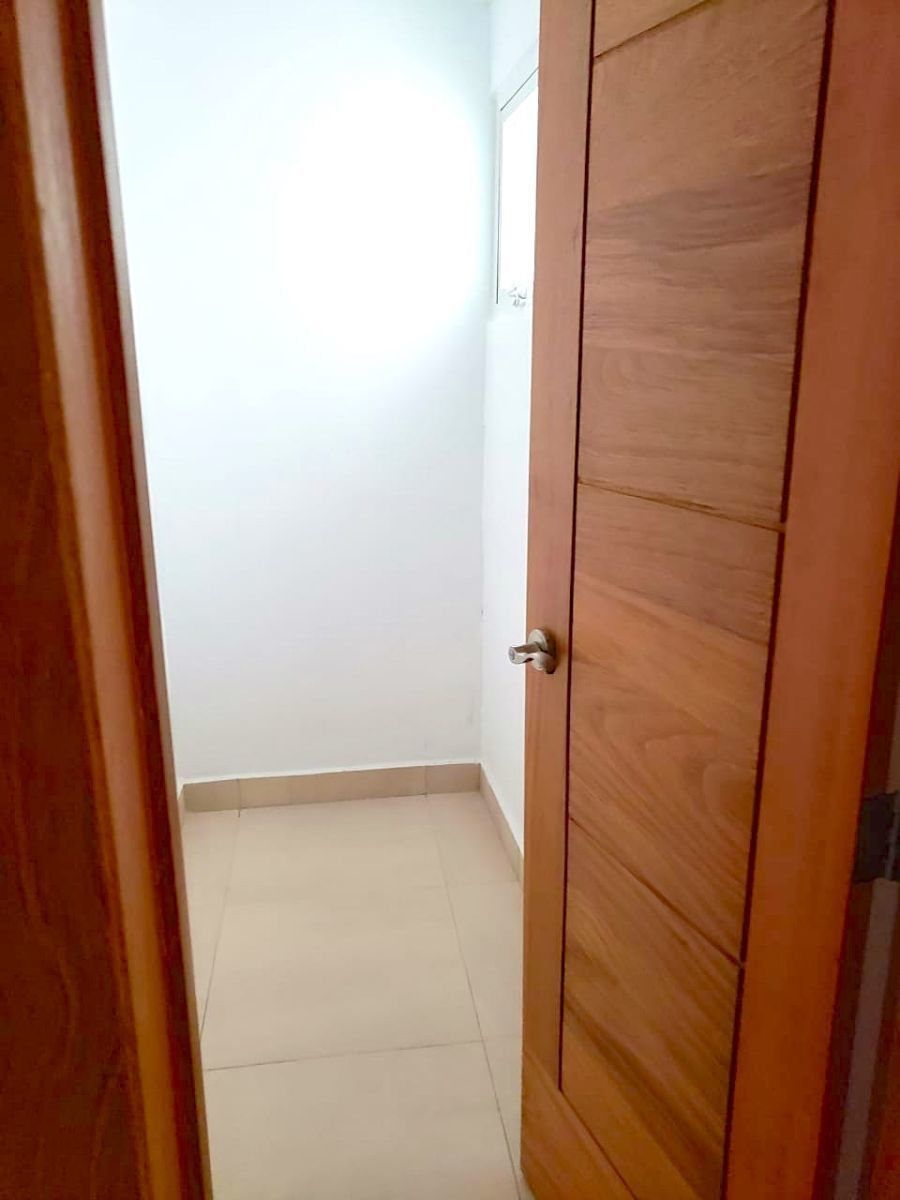5 de 35: Habitación de desahogo primero piso