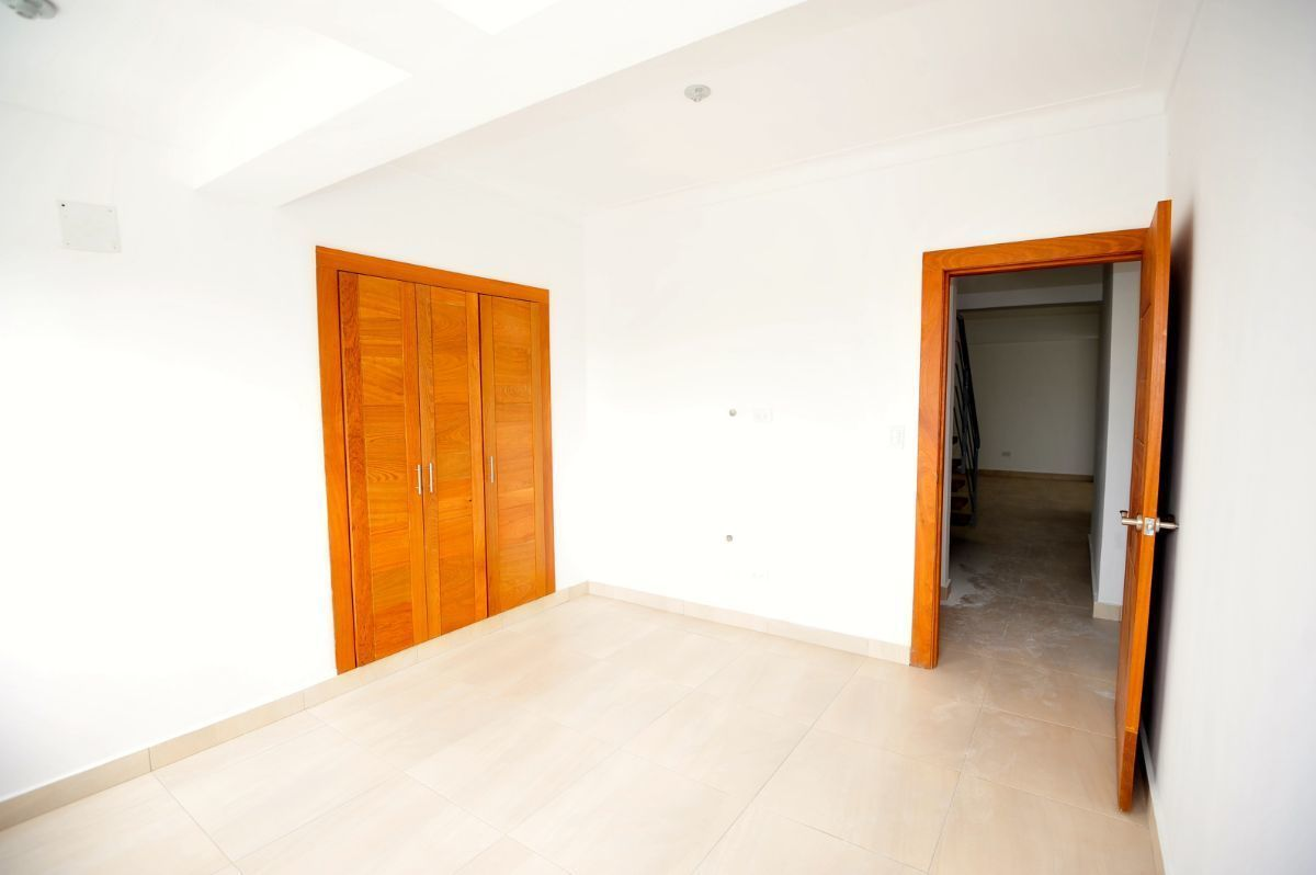 7 de 35: Habitación 1 en el primer piso