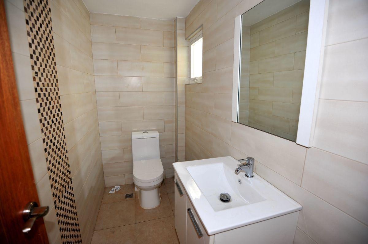21 de 35: Baño habitación principal