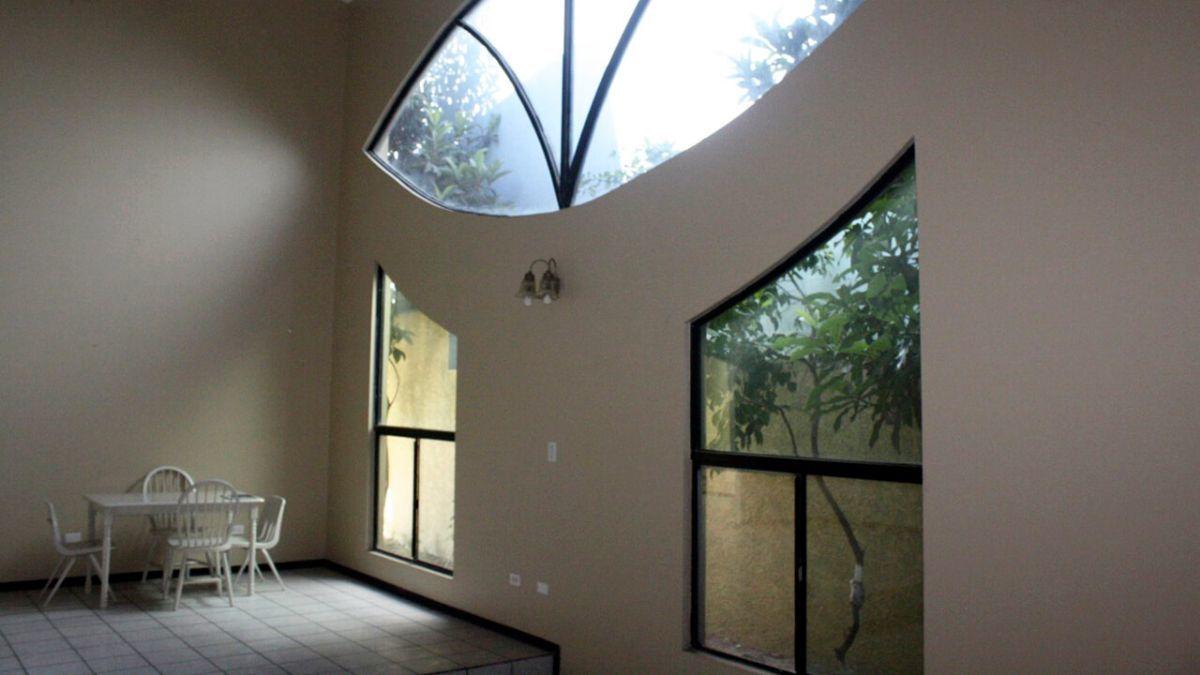 13 de 18: Casas en Renta en El Paraiso PMR-513