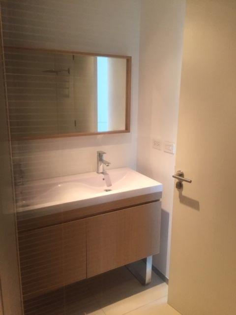 5 de 13: baño principal integrado a la recámara master