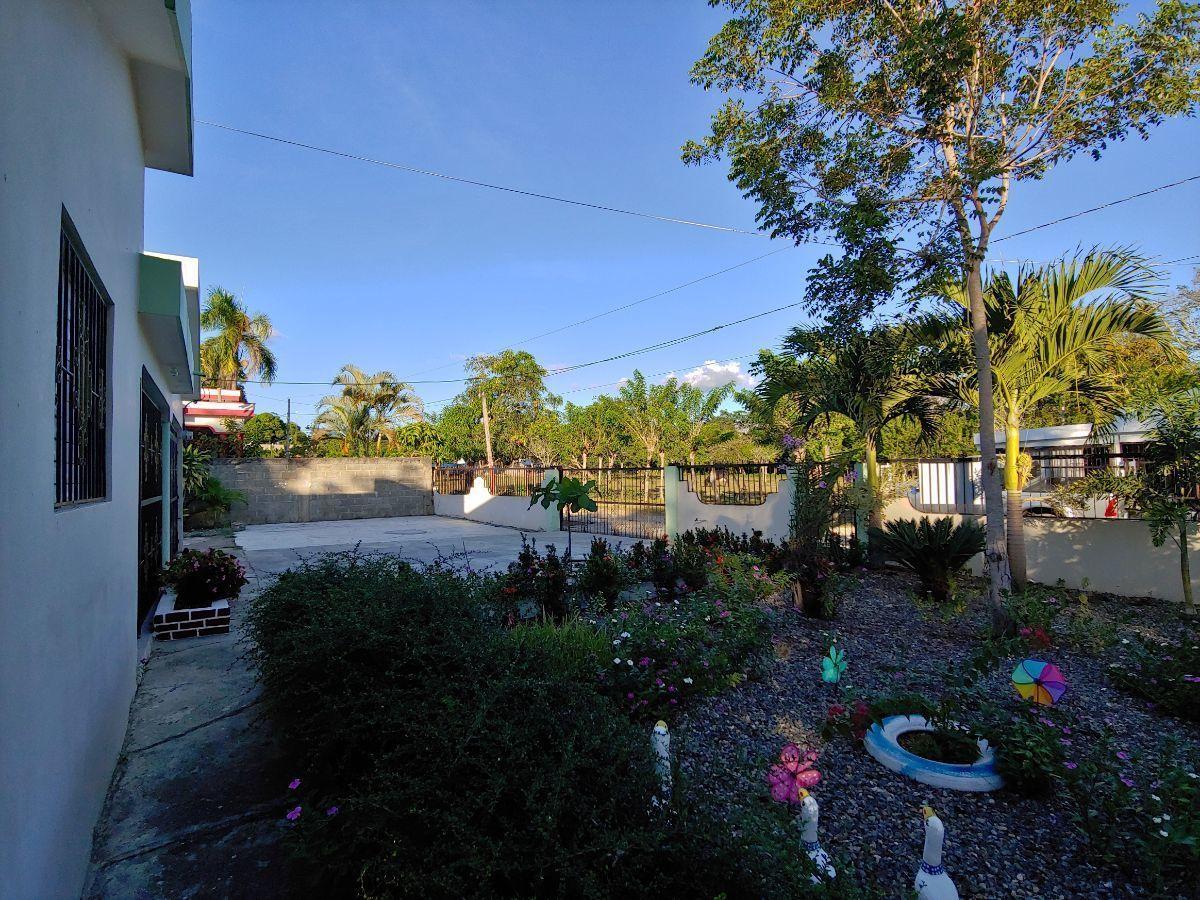 Casa con Amplio Terreno Sector Los Espinoimage2