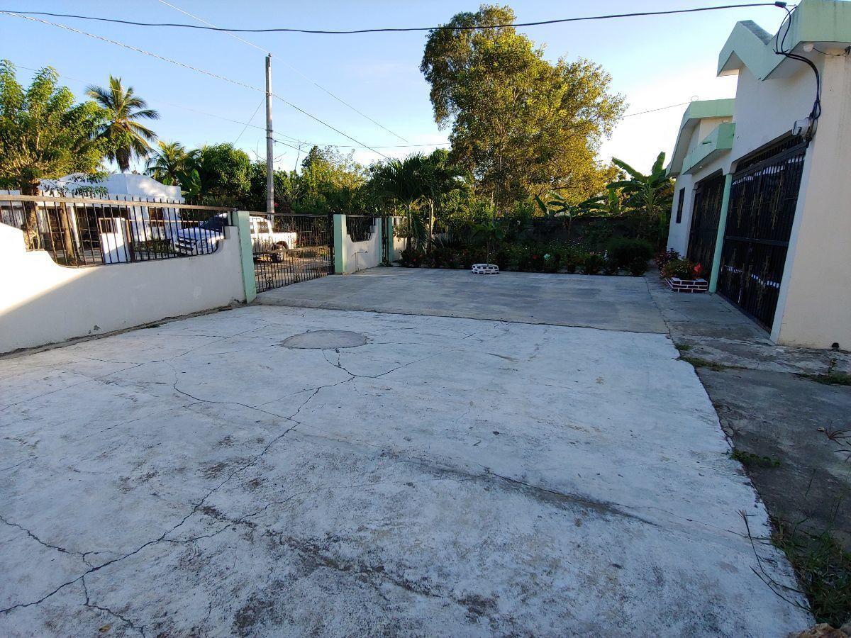 Casa con Amplio Terreno Sector Los Espinoimage9