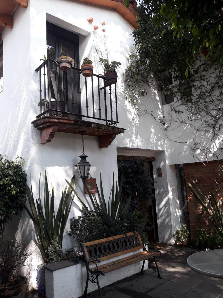 1 de 18: Balcón