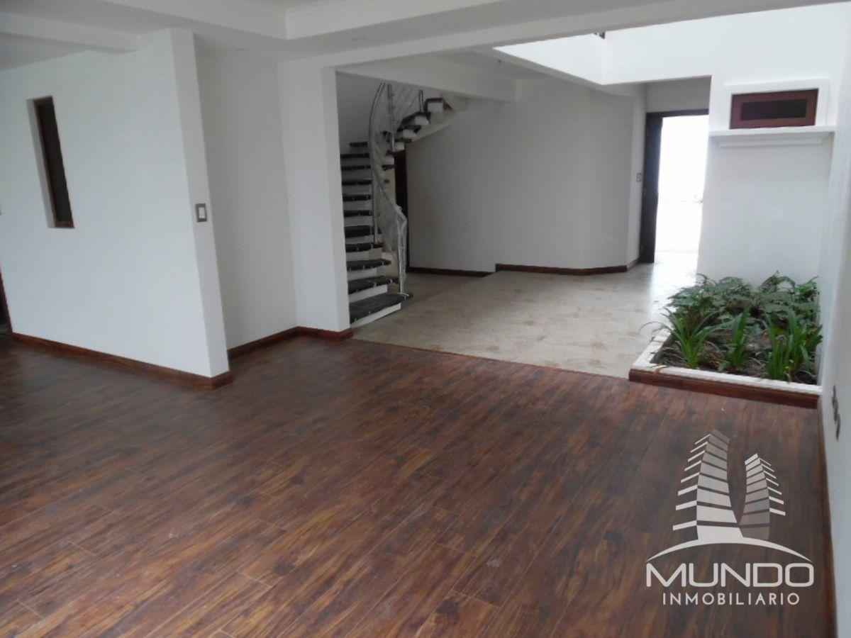 2 de 11: Vista Interior de la residencia